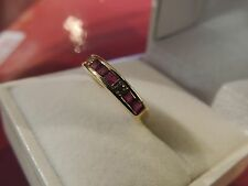 Half alliance 18k yellow gold ruby calibrated and diamonds