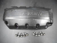 H688 Engine Crank Crankcase Cover 1993 BMW K1100RS K 1100 ABS