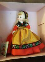 "MADAME ALEXANDER 1980's International Collectible Doll #592 SWEDEN 7.5"""
