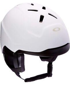 (Retails For $160) Oakley Mod3 Snow Helmet Matte White Medium