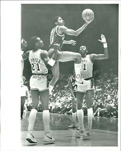 1980s Norm Nixon LA Clippers Basketball Original News Service Photo