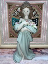 Lladro Petals Of Love Porcelain Figurine Hand Made From Spain