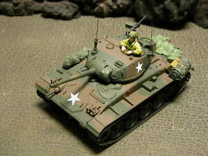 """Forces Of Valor  -  """"RETIRED & BRAND NEW""""  US Cadillac M24 Chaffee Germany 1945"""