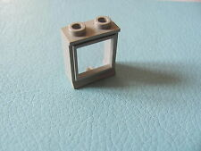 LEGO 7026 @@ Window 1x2x2 (old type) with Glass, Hole in Top @@ LIGHT GREY GRIS