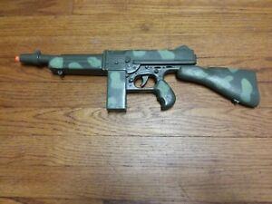 "VINTAGE PLASTIC MARX CAMOUFLAGE MACHINE TOY GUN ""RAT TAT TAT""ARMY GREEN ""WORKS"""
