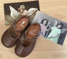Fabulous Vintage 1960's Infants Leather Clarks Shoes.