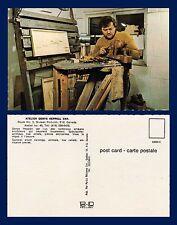 CANADA QUEBEC ST JEAN PORT-JOLI ATELIER DENYS HEPPELL CARVING BEAR CIRCA 1970