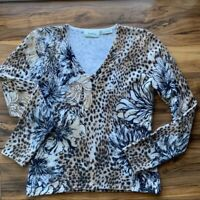 Neiman Marcus 100% pure cashmere V-neck sweater M