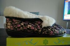 Ladies Slippers Size 8 Target Ladies Slippers Fleecy Inner and Trim Floral Satin