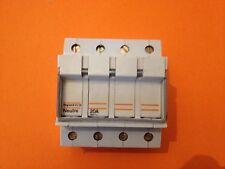 Sectionneur modulaire à fusible 3+N 20A -(port réduit voir description)