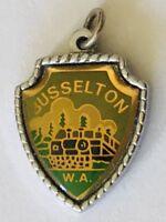 Busselton Western Australia Small Souvenir Medallion Pin Badge Vintage (F8)