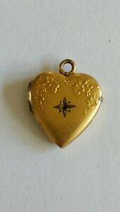 Vintage 9ct Gold Heart Photo Locket. 2.6gr