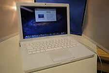 "Macbook 13"" White 2008 2.4Ghz 2GB 250GB 10.7 Lion Wifi BT NO ACCESSORIES"