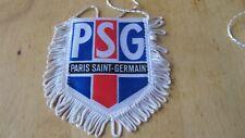 PSG Wimpel,Fanion,BANNER, Pennant  8x10 cm mit fransen .