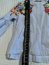 Zara cotton jacket with Mexican embroidered flowers. 3/4  bell sleeves,Zip front