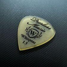 WINSPEAR PICKS - Amber Std Shiv 1.5mm Engraved Peerless Music Guitar Pick