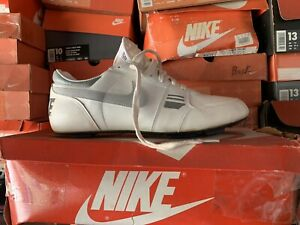 Vintage Nike Strike Force Football Cleats Sz. 10.5 DS NIB 1989 Collectible