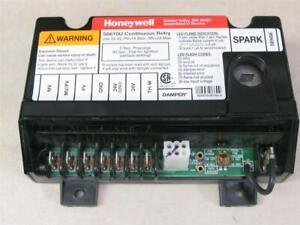 Honeywell S8610U Universal Intermittent Pilot Ignition Control S8610U3009