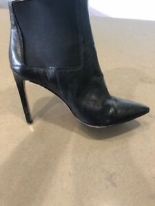 Nine West black leather ankle boots sz 8M used exc cond Paid $200