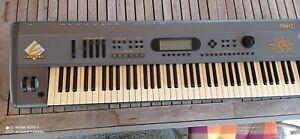 E-MU E -Synth DANCE keyboard