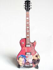 Guitare miniature Mémorial Johnny Hallyday