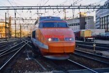 PHOTO  TGV G DE L  8 AUG 1998