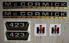 IHC Aufkleber Mc Cormick Traktor 423 gold Logo Emblem Sticker Label