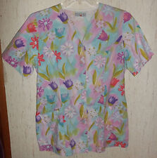 """WOMENS PEACHES """"Tulips & Daisy"""" FLORAL PRINT SCRUBS TOP  SIZE S*"""