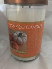 "Yankee Candle ""White Pumpkin & Clove"" Large 22 oz"