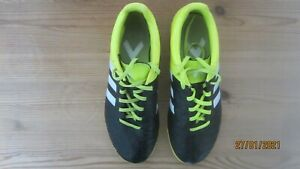 ADIDAS ASTROTURF TRAINERS SIZE 6 UK MENS OR OLDER BOYS