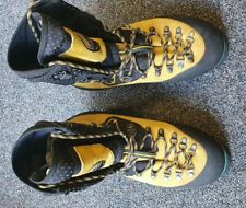 La Sportiva Mountaineering Boots. Nepal Evo size 43.Used but excellent condition