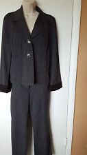 Talbots Blazer & Pants Suit Size 6 Gray & Black Striped Cotton