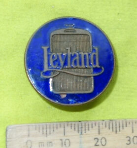 1930s Leyland (Blue) Lorry Trucks Commercial Vehicle enamel badge lapel