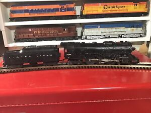 Lionel 2046 Locomotive And Whistle Tender