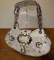 Coole Guess Tasche weiß Stoff und Straußenleder Kissmet Serie