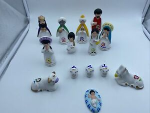 Mexican Nativity Christmas 14 piece Quality Ceramic Set Mexican Hand Painted