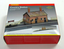 R8000 Hornby 00 Gauge Model Railway Country Station Building Kit New & Boxed