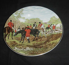 """CROWNFORD ENGLAND FOX HUNT HUNTING SCENE TRIMMED IN GOLD PLATE 7-3/4"""" DIA EC #2"""