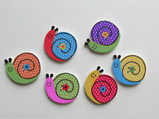 25 Wood Buttons - SNAILS - Scrapbooking - Crafting - Sewing  UK SELLER