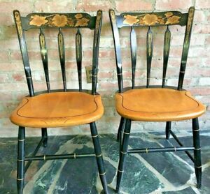 L.Hitchcock~2 BLACK SIGNED STENCILED ARROW BACK,WOOD SEAT SIDE CHAIRS-6Avaliable
