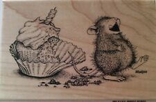 """House-Mouse Designs by Stampendous """"CUPCAKE BELLY"""" WM Rubber Stamp"""