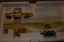 ERNIE IRVAN #28 MAC TOOLS DUALLY AND TOOL BOX BANK RACING COLLECTABLES 1:87 (68)