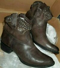 New FRYE Diana Cut Stud Distressed Leather Boots Charcoal Brown Women's Size 10