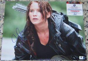 Jennifer Lawrence HUNGER GAMES Signed Autographed 11x14 Photo GAI GA GV COA!