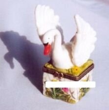 SWAN with WINGS EXTENDED-Porcelain Hinged-Box-DRAMATIC