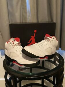 Air Jordan 5 Fire Red Size 8.5 EUR 42