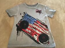 Brothers Patriotic Grey Boom Box T-Shirt, Size Youth XXL (16)