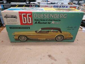 1/25 ORIGINAL RENWAL 1966 DUSENBERG UNBUILT MODEL KIT #103