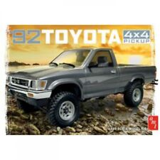 AMT 1/20 1992 Toyota 4x4 Pick-Up AMT1082/12