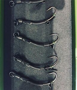 5 X pre made n-trap Ronnie Rigs/spinner Rigs Long Shank Curved Size 6 Barbed